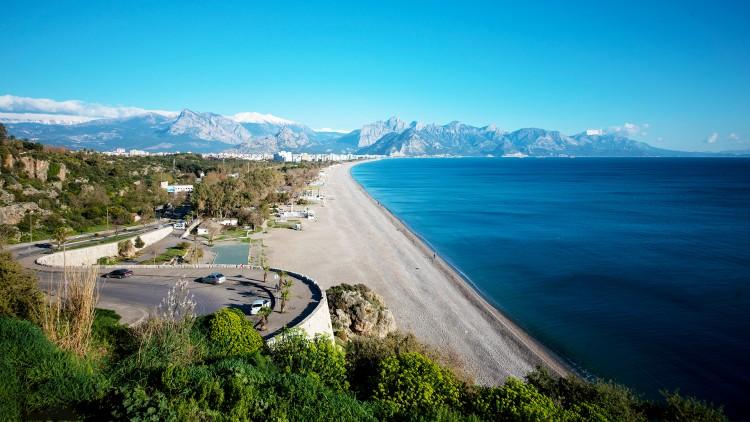 Antalya Konyaaltı Sahili